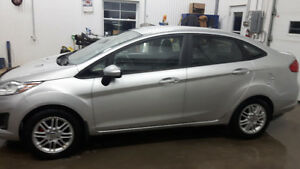 2012 Ford Fiesta SE négociable