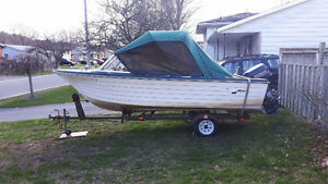 1983 17ft CRESTLINER MOTOR & TRAILER SELL OR TRADE FOR CAMPER