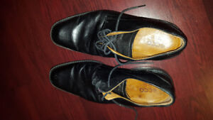 ECCO Mens shoes size 10
