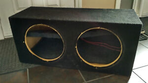 """Carpeted Sub Box for two 12"""" Subwoofers"""