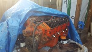 Marine or Automotive Chevy 350 LT1 4 Bolt Main engine and parts
