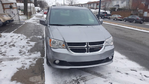 2015 Dodge Grand Caravan SXT Premium Plus  (cuir,stow and go)