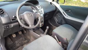 2007 Toyota Yaris Coupe (2 door) Windsor Region Ontario image 7