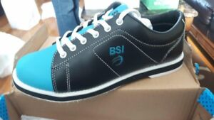 bowling shoes size 7.5 brand new never worn in box