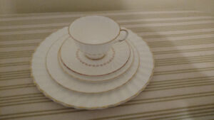 Adrian Royal Doulton Dishes= mint condition