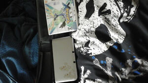 Selling nintendo xl 3ds and  3ds case + games