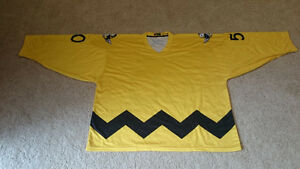 Novelty Peanuts Goalie Jersey 3XL