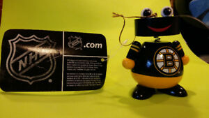 NHL Trademark - Official Boston Bruins Hockey Ornament: Ball Man