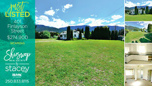 Compound in The Heart of Sicamous - 2 Blocks from Boat Launch! Revelstoke British Columbia image 4