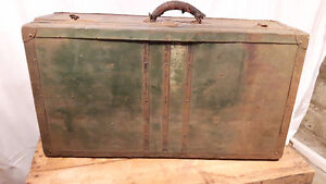 Ancienne valise, coffre, male