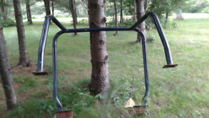 ROLL BAR OUT OF A  JEEP YJ WITH THE BARS THAT ATT TO WINDSHEILD