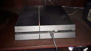 PlayStation 4 with seven games Stratford Kitchener Area image 1