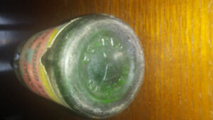 1930 antique Canada dry bottle
