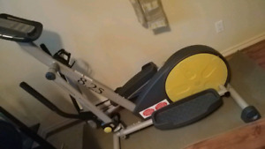 elliptique ,  Weslo 8.25 Elliptical Trainer