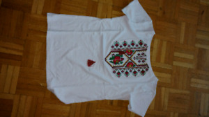 Ambroidered t-shirt.