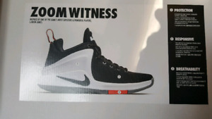 Nike LeBron James Zoom witness size 9.5