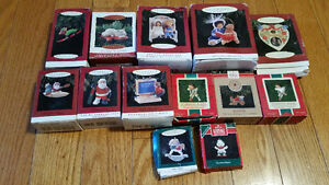 LOT OF HALLMARK CHRISTMAS ORNAMENTS IN BOXES