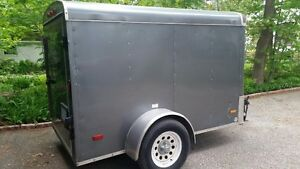 8 x 5 ft Covered Trailer - Grey/Chrome- MIDLAND