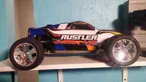 Traxxas Rustler