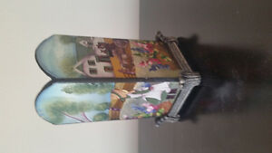 Green Gables candle holder