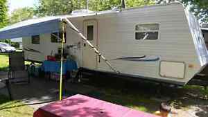 MUST SELL! 2002 JAYCO JAYFLIGHT BUNKHOUSE TRAILER! !