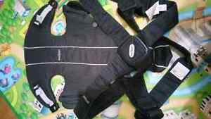 Baby items(baby bjorn carrier etc...)