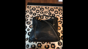 Authentic Marc by Marc Jacobs Leola Zip Large Hobo