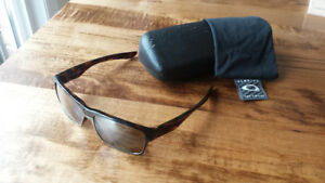 Oakley Twoface XL Polarized Brown Sunglasses