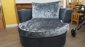 Cuddle/Swivel chair crush velvet