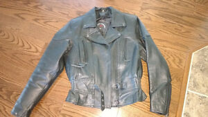 Ladies Leather Motorcycle Jacket with Thinsulate lining.