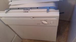 (Used) hotpoint dishwasher