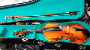 Stradivarius Violin with Case and amusic Stand