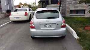 Hyundai accent 2007 couleur gris automatique