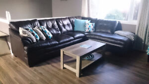 Large sectional - like new!