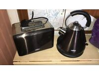 Crofton Kettle and Toaster