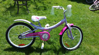 """GIRLS SUPERCYCLE 19/20"""" BIKE WITH KICKSTAND"""