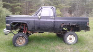 1990 k5 lifted and dana 60s .newer floor 160tho km 2900$ trade??