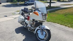 1984 Yamaha XVZ12DL Venture Royal ( loaded, Pearl Piant ) Kitchener / Waterloo Kitchener Area image 8