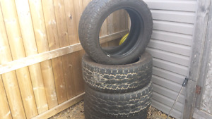 285/55 r20 Toyo Open Country A/T2