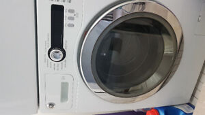 GE Washer Dryer Combo in good working condition