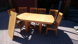 Solid Oak Dining Table + 6 Chairs