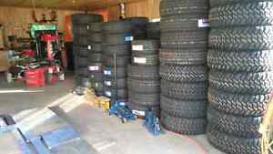 You are looking for tires?  Tu cherches des pneus?