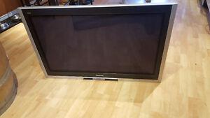 "Panasonic flat screen plasma tv 42"" for sale!"