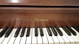Melodigrand Apartment Size Piano