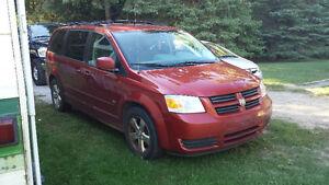 2009 Dodge Grand Caravan - $3000.00!!!