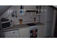 1ST FLOOR MAIN HOUSE ATTRACTIVE EN SUITE GARDEN BEDROOM WITH LUXURY SHOWER ROOM TALBOT WOODS