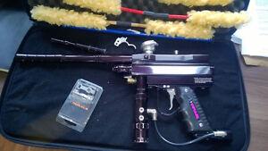 Impulse paintball gun + case