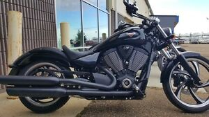 2014 Victory Vegas 8-Ball Gloss Black