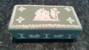 Antique Wedgwood Trinket box