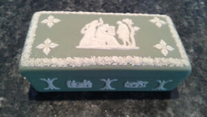 Antique Wedgwood Trinket box